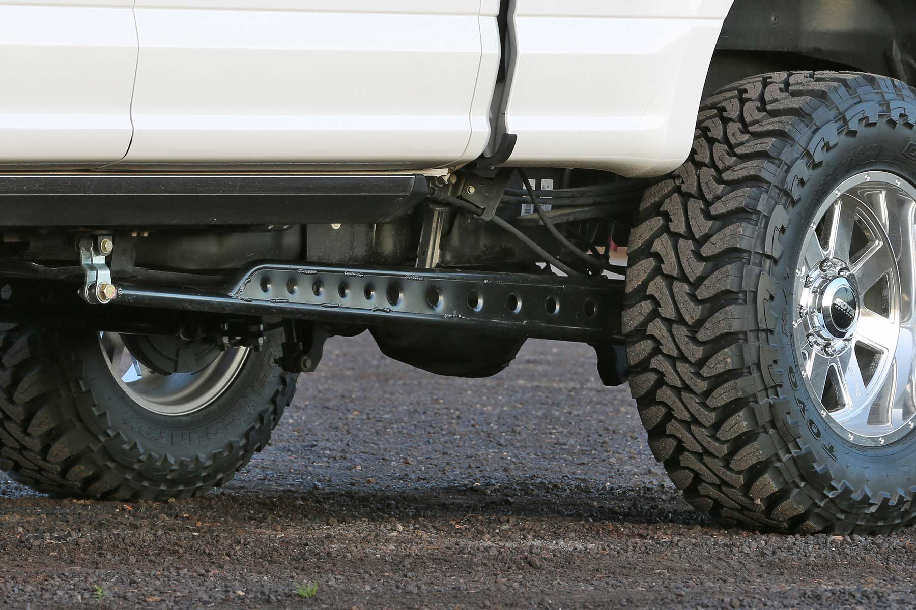 Floating Rear Traction Bar System Fts