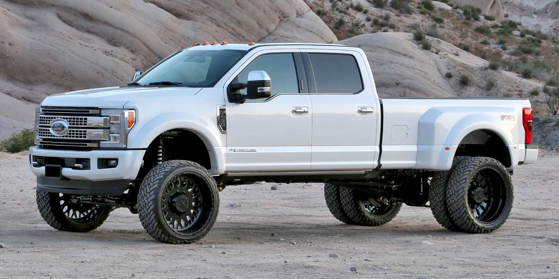 "2019 Ford F450/F550 4WD - 6"" Lift Kits 